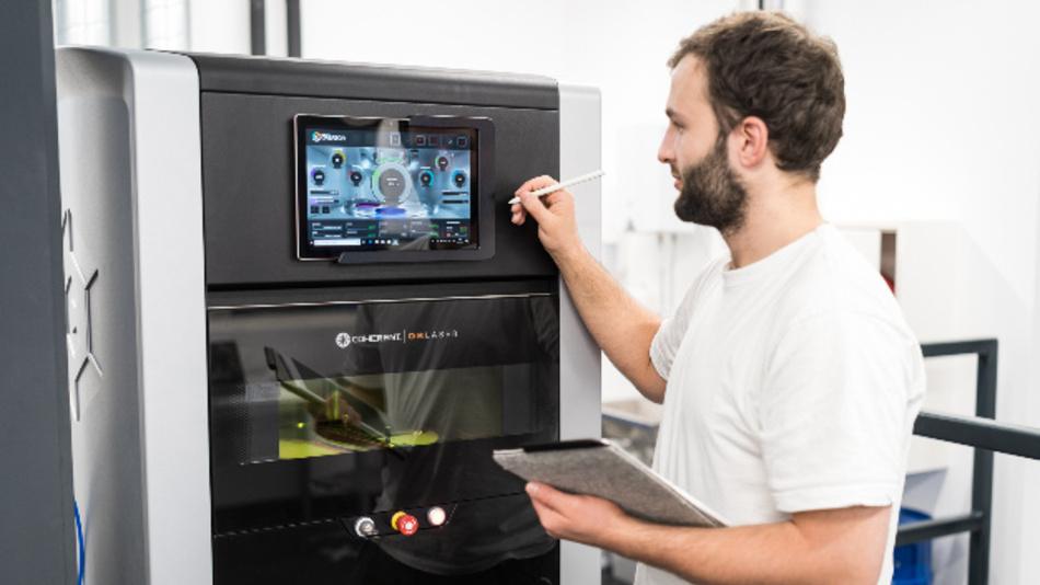 Im Rahmen seiner Dissertation am Institut für Werkstoffkunde, Fügetechnik und Umformtechnik der TU Graz forscht Siegfried Arneitz an alternativen Magnetwerkstoffen aus dem 3D-Druck.