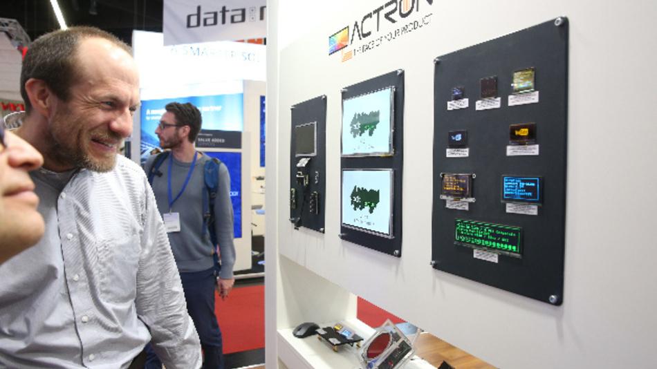 Displays nehmen einen großen Teil der Embedded World ein. Rund 10 % aller Aussteller sind Teil der Sonderschau »electronic displays Area«.
