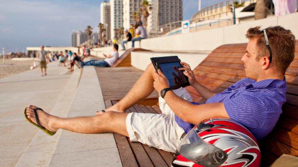 Tel Aviv wirbt mit 'Soft Landing Services' um ausländische Unternehmen und Gründer.