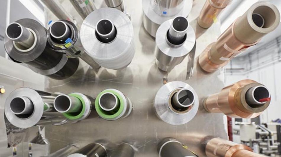 Bei der Entwicklung neuer Festkörperakku-Technologien arbeitet Mercedes-Benz mit dem kanadischen Unternehmen Hydro-Québec zusammen.
