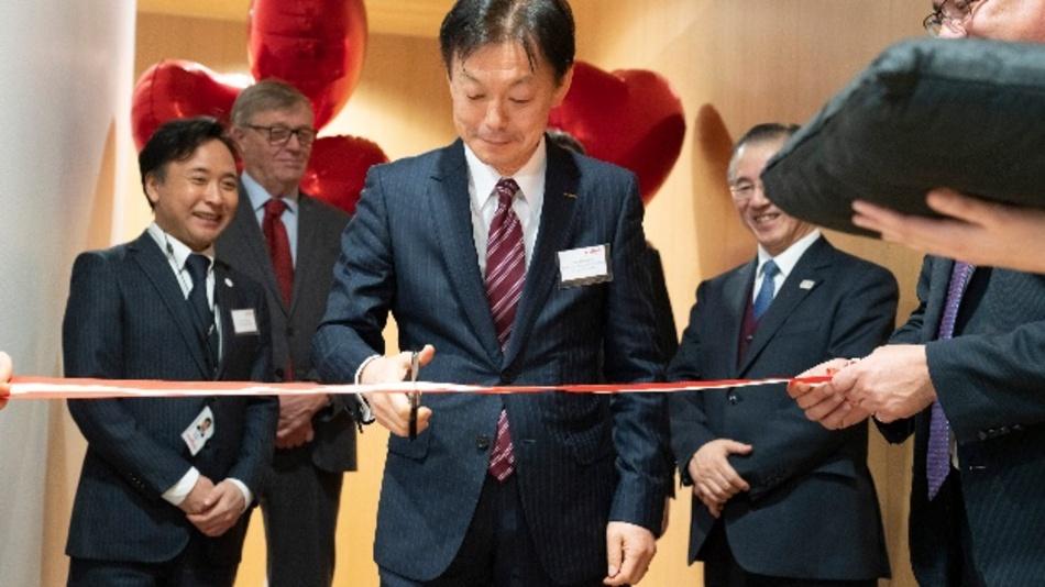 Norio Nakajima, Senior Executive Vice President des Module Business von Murata, bei der Eröffnung