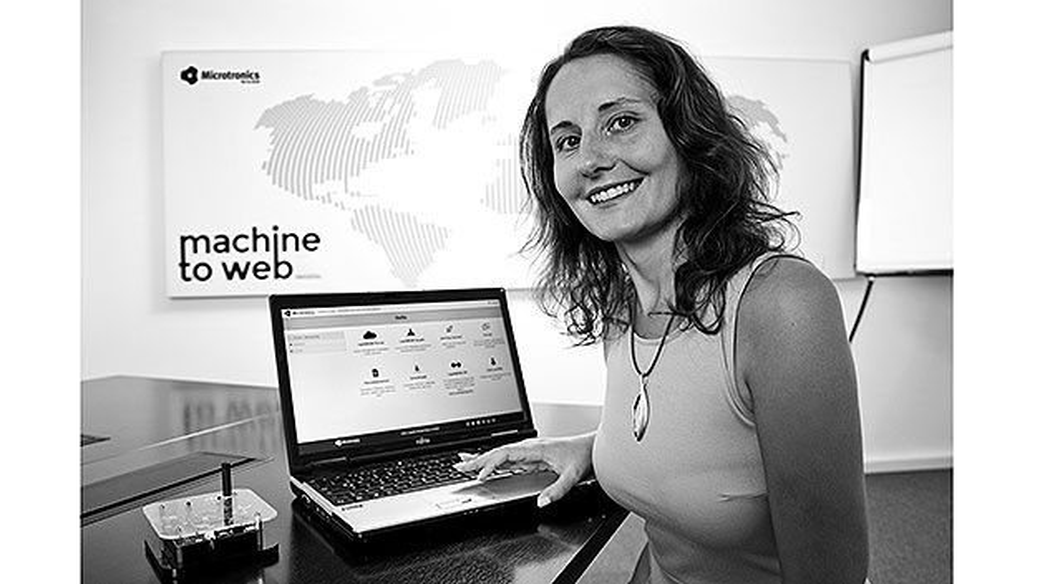 Sabrina-Waldbauer von Microtronics.