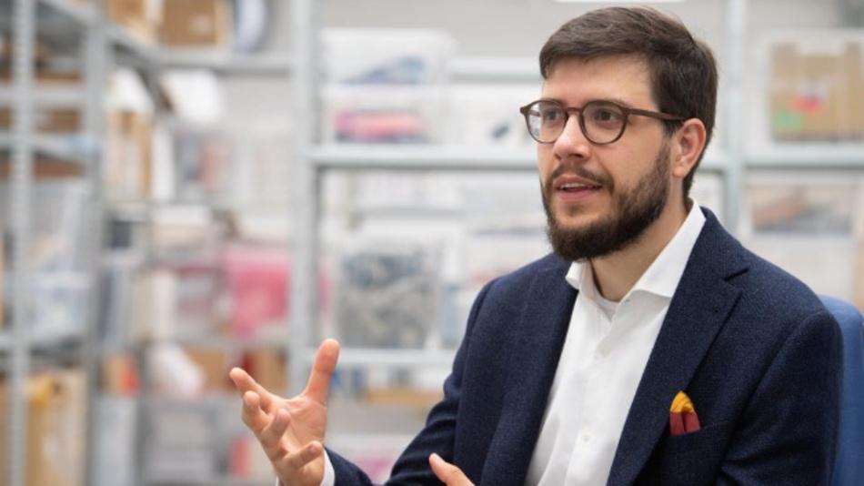 Felix Adamczyk, CEO von qiio.