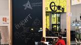 Auf großen Tafeln konnten die Teams beim Hackathon ihre Ideen festhalten.