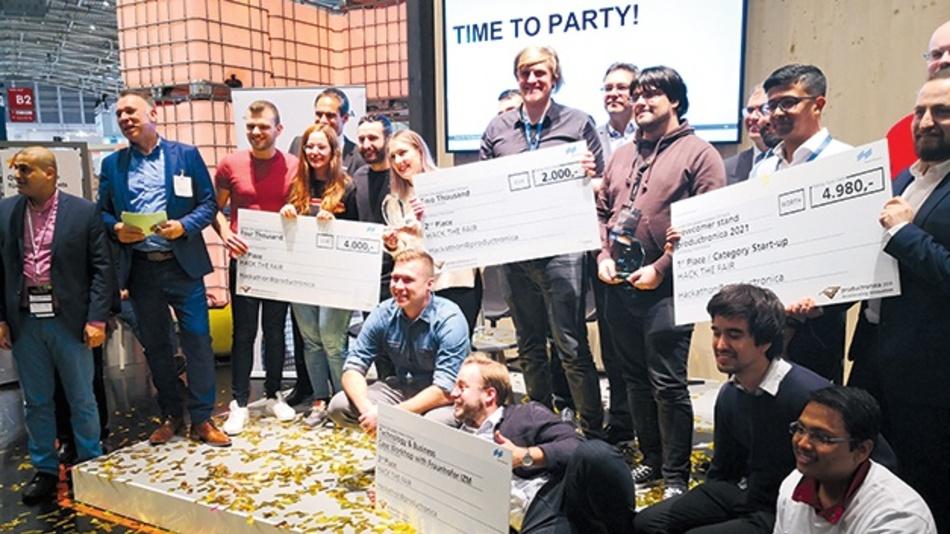 Die drei Sieger-Teams des 48-Stunden Hackathons.