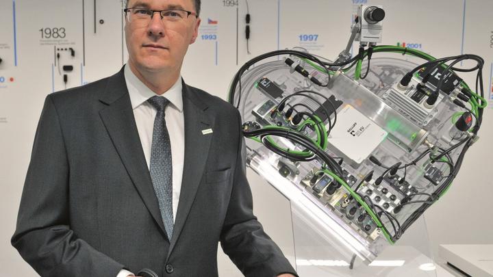 Stefan Hornung: »Langfristig wird künstliche Intelligenz essentieller Bestandteil von Sensoren zur Zustandsüberwachung sein.«