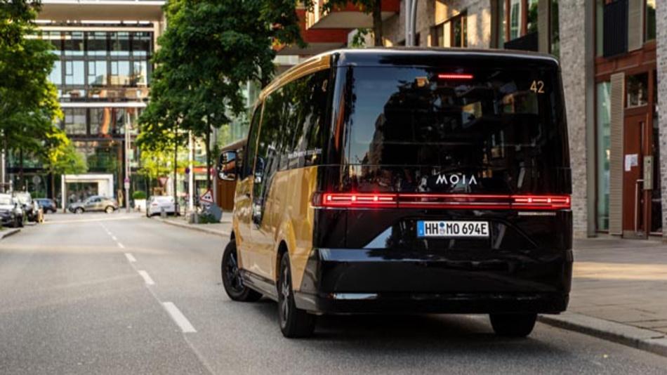 Mehr Stadtteile, neue Angebote für Unternehmen: MOIA baut Ridepooling-Service in Hamburg aus.