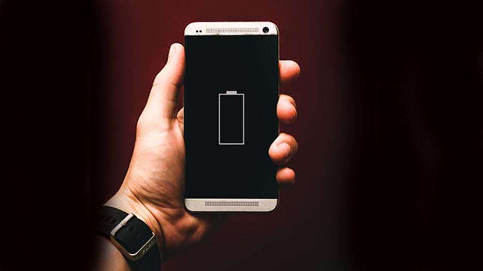 Batterien, in denen Glas oder Keramik leiten, sollen in Minuten statt Stunden aufgeladen sein und länger halten.