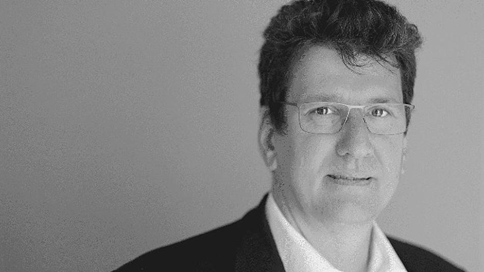 Prof. Dr. Peter Fromm, Hochschule Darmstadt, führt durch das Einstiegsseminar »Funktionale Sicherheit und Security in Embedded Systemen«.