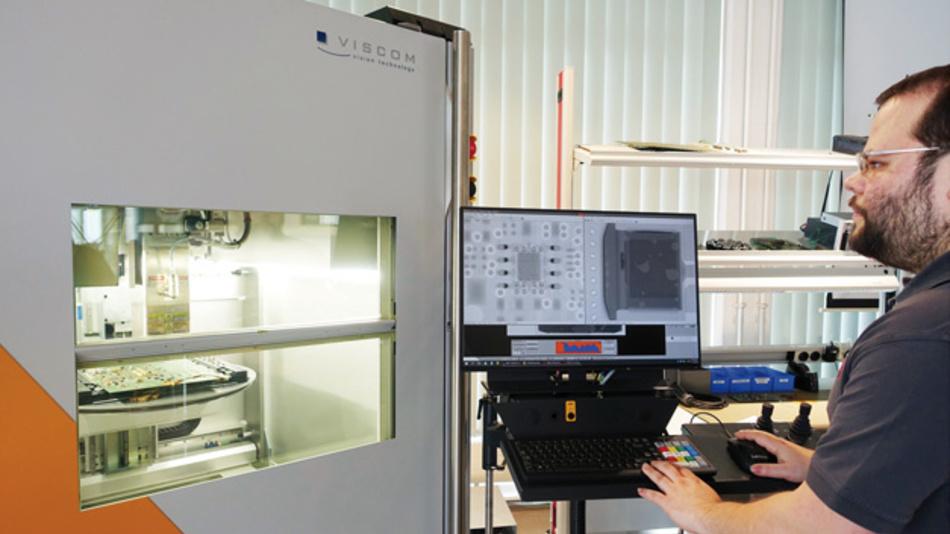 Das Viscom-Röntgensystem prüft im SMT-Technologiecenter Anzahl und Größe von Void-Flächen.