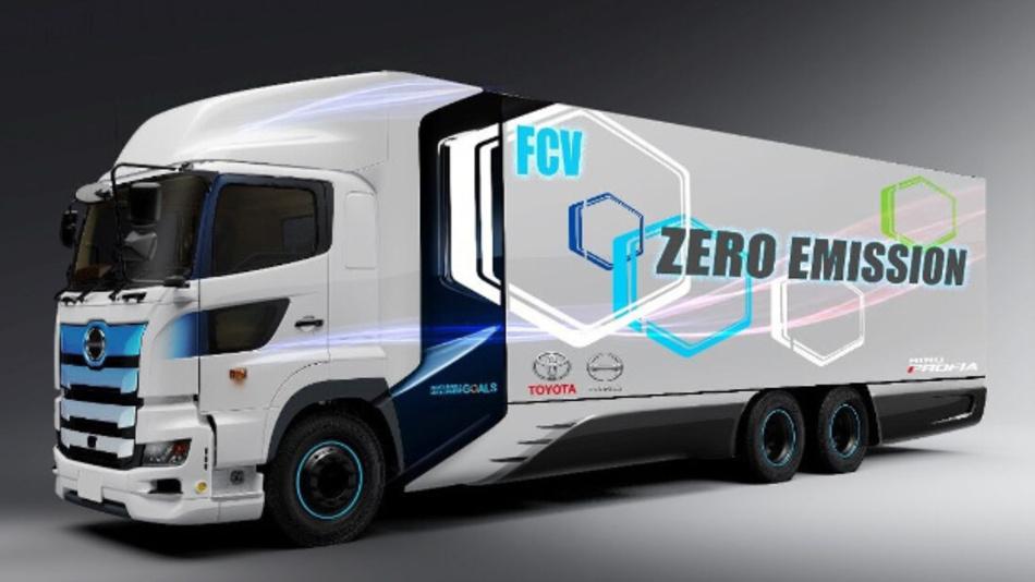 Der Brennstoffzellen-LKW wird ein Gewicht von 25 t auf die Waage bringen. Für die Versorgung der Brennstoffzelle wird ein neuer Hochdruck-Wasserstofftank (70 MPa) entwickelt.