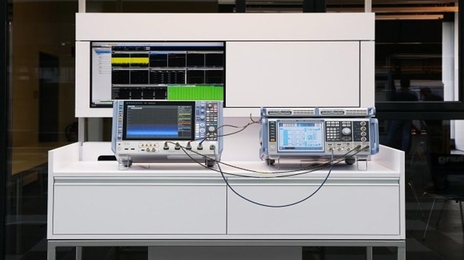 Setup, mit dem man kanalübergreifende Messungen bis 4x4 MIMO von 5G-Übertragungen vornehmen kann.