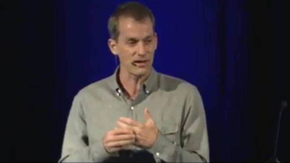 Jeffrey Dean, Google Senior Fellow und SVP of Research: »Es ist schwieriger einen Computer zu programmieren, dass er clever ist, als ihn zu programmieren, dass er lernt, clever zu werden«