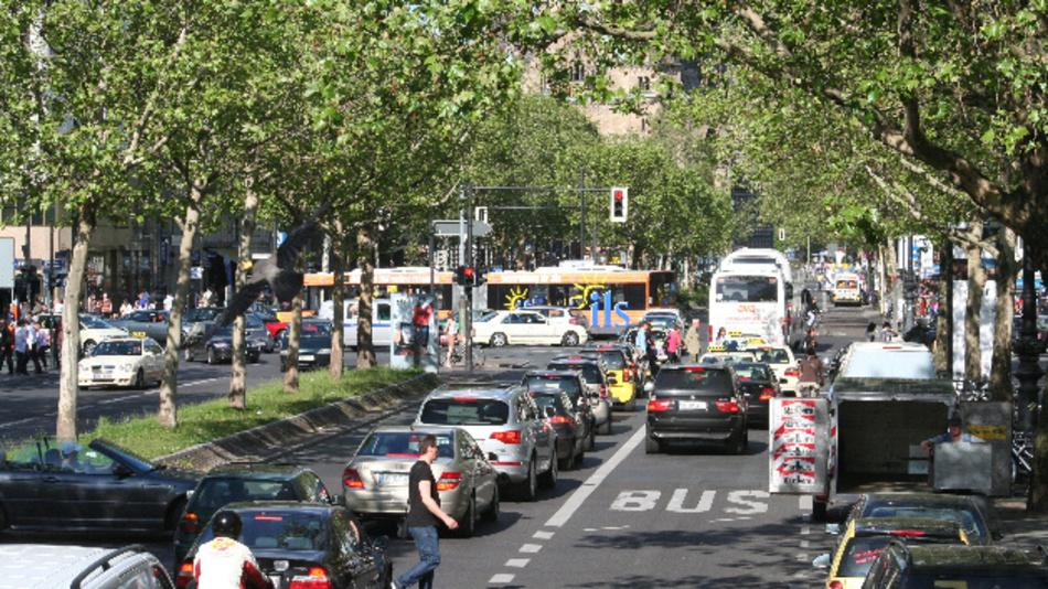 Um die Verkehrswende zu schaffen, muss der Autoverkehr in den Städten erheblich reduziert werden.