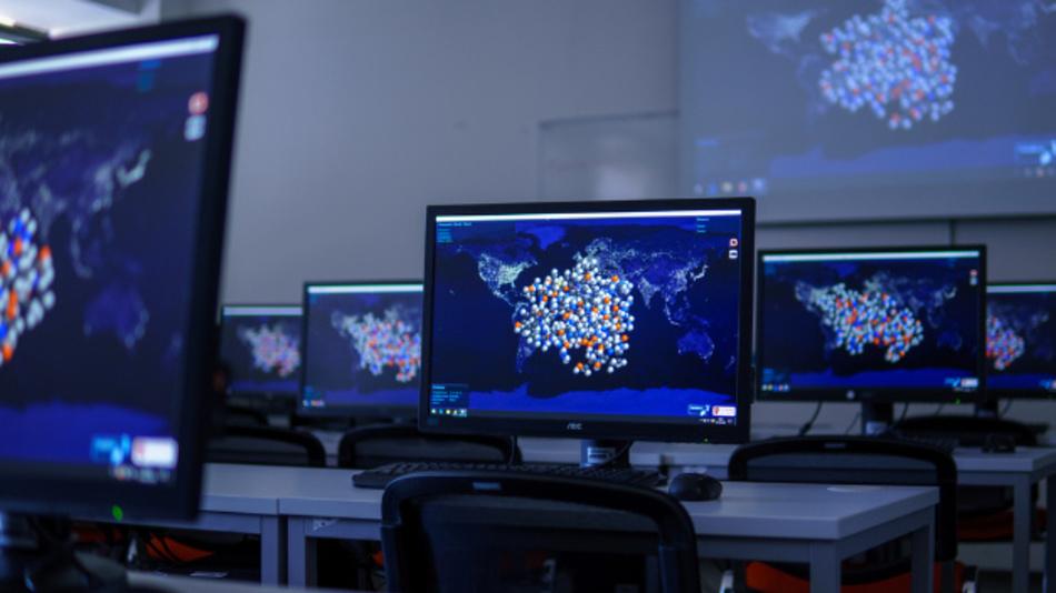 Als Reaktion auf die Corona-Pandemie verzeichnete das Folding@home-Projekt innerhalb von Wochen rund 1 Mio. neue Rechner.