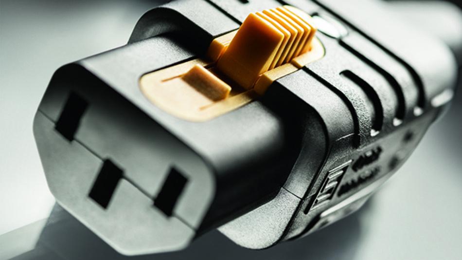 Die neuartige Gerätsteckdose kombiniert C13-Wiederanschließbarkeit mit einer V-Lock-Ausziehsicherheit.