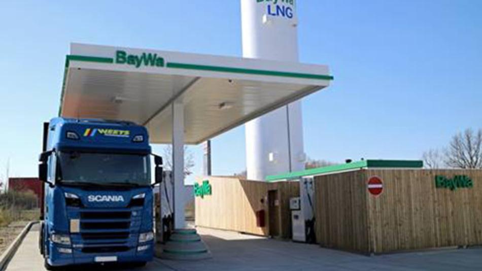 Erdgasbetriebene LKW fahren dieses Jahr noch mautfrei, ab 2021 dann mit reduzierter Maut.