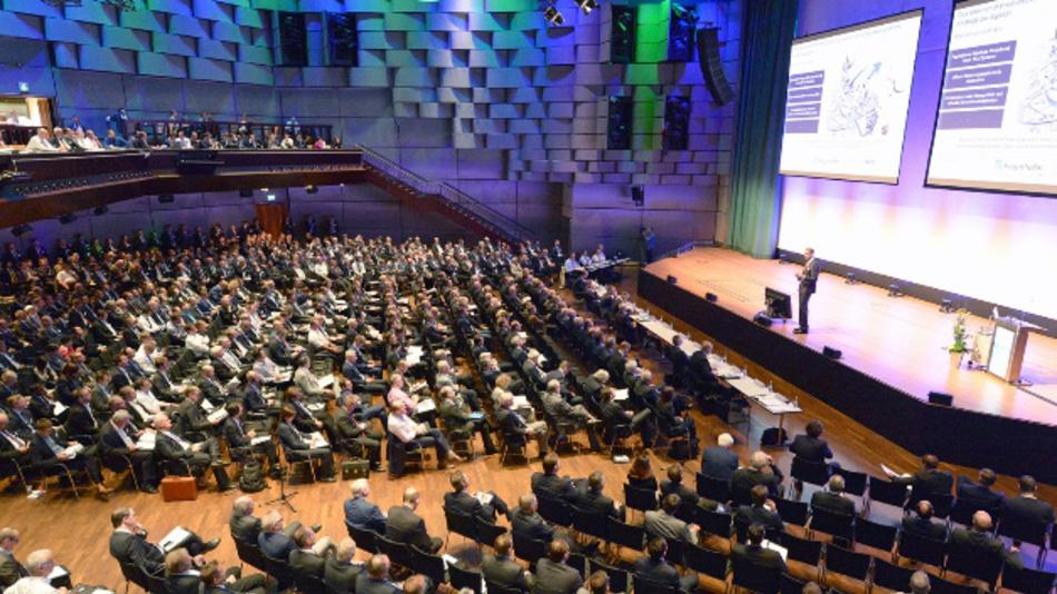 Das Aachener Werkzeugmaschinen-Kollquium wird von der RWTH Aachen und dem Fraunhofer-Institut für Produktionstechnik veranstaltet und ist seit seinem Bestehen 1990 zu einer der renommiertesten Konferenzen der Produktionstechnik weltweit gewachsen.