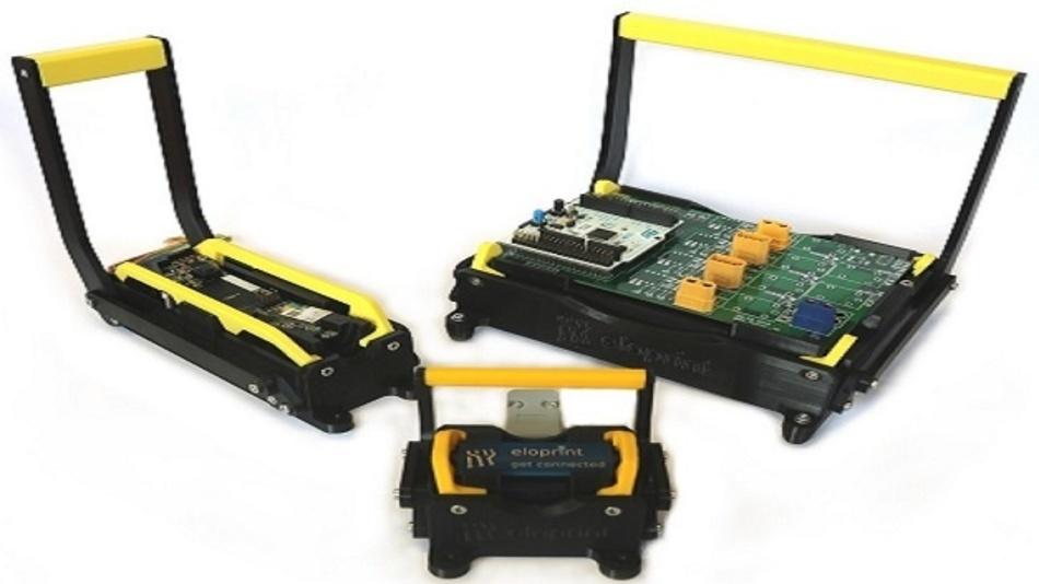 Bei den Geräten der Professional Line wird das Nadelbett mit einem neu entwickelten Hebelmechanismus zur Platine bewegt.