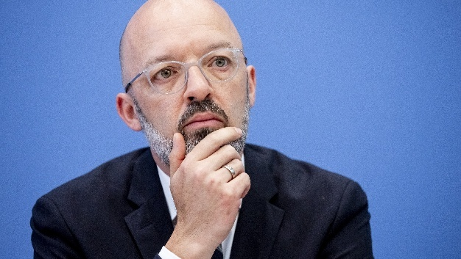 Timo Wollmershäuser, ifo Institut – Leibniz-Institut für Wirtschaftsforschung an der Universität München