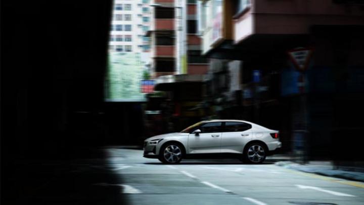 Polestar startet den Verkauf seines  neuen vollelektrischen Fahrzeugs in Deutschland über Polestar.com.
