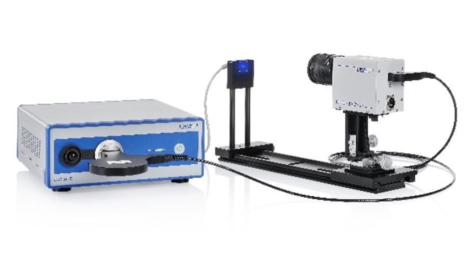 Einfacher Messaufbau bestehend aus der Teleskopoptik TOP 150-BLH und dem Spektralradiometer CAS 140D für die direkte spektrale Strahldichtemessung zur Bestimmung der BLH-Gefährdung