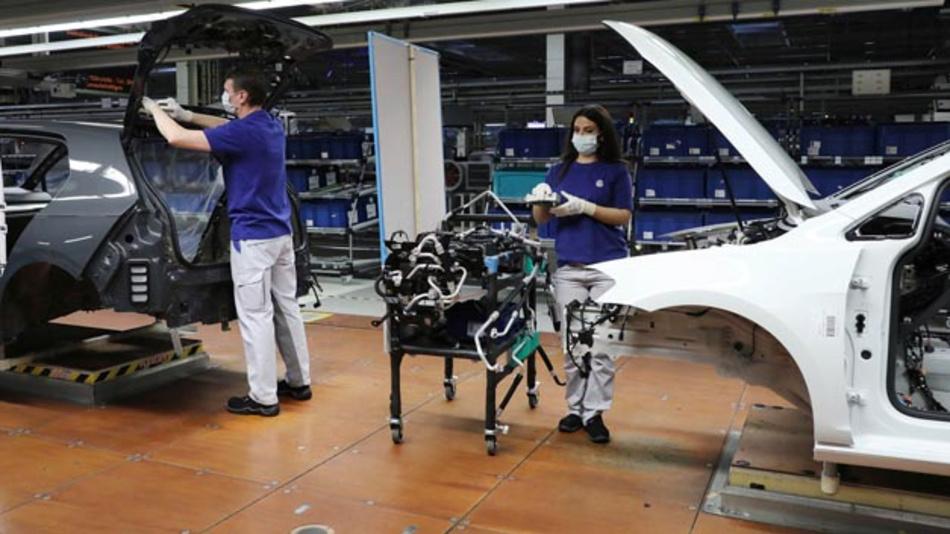 Volkswagen nimmt den Ausblick für das Geschäftsjahr 2020 aufgrund der Auswirkungen der Covid-19 Pandemie zurück.