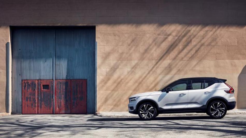 Zu Hause bleiben und trotzdem in den Besitz eines neuen Volvo, wie hier den XC40 zu kommen? Kein Problem mit der Stay Home Store Initiative.