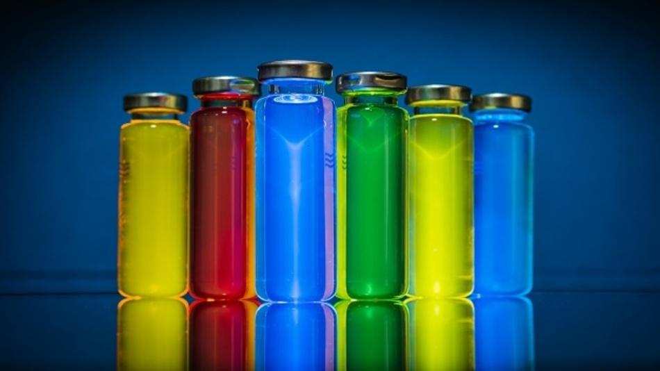 Die übernommenen Schutzrechte von Konica Minolta sollen Mercks Position als Schlüssellieferant von OLED-Materialien weiter stärken.