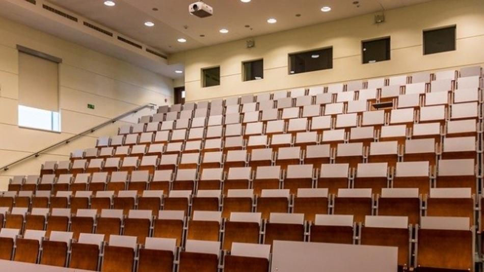 Damit der Hörsaal nicht leer bleibt, ist die Bewerbungsfrist auf den dualen Master-Studiengang Lehramt an berufsbildenden Schulen an der Europa-Universität Flensburg (EUF) bis zum 5. Mai 2020 verlängert worden.