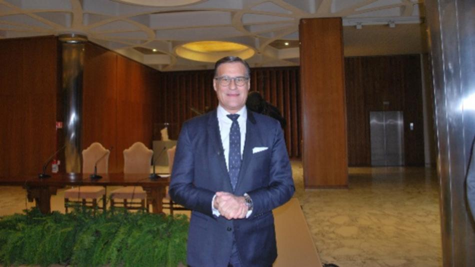 Olaf Berlien, CEO von Osram, freut sich über das zweite Quartal, das Dank der frühzeitig eingeleiteten Maßnahmen  gegen die Folgen der Coronakrise realtiv gut ausgefallen sei: »Ich bin hochmotiviert und mit großer Freude dabei«, erklärt er im Hinblick auf die laufende Übernehme durch ams.