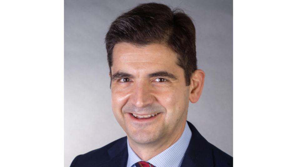 Dr. Zvonimir Bandić, Vorsitzender der Chips Alliance: »Wir haben bereits ein erhebliches Interesse der Industrie am SweRV Core EH1 festgestellt und freuen uns, Ingenieuren, die IoT-, Konsum-, mobile Geräte und andere Embedded-Systeme entwerfen, zwei überzeugende zusätzliche Optionen anbieten zu können«.