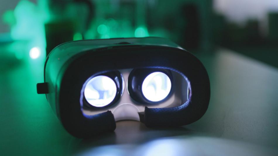Das VDC hat 18 aktuelle VR- und AR-Brillen auf ihre Belastung für den Träger untersucht.