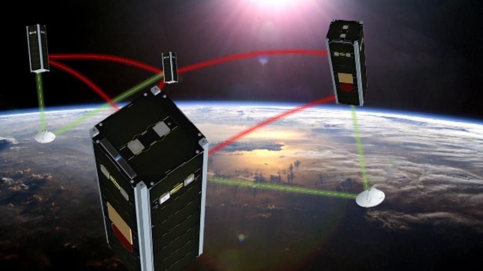 NetSat: Vier Kleinst-Satelliten mit den Abmessungen 10 cm x 10 cm x 30 cm im Formationsflug in einer Umlaufbahn in 600 Kilometer Höhe.