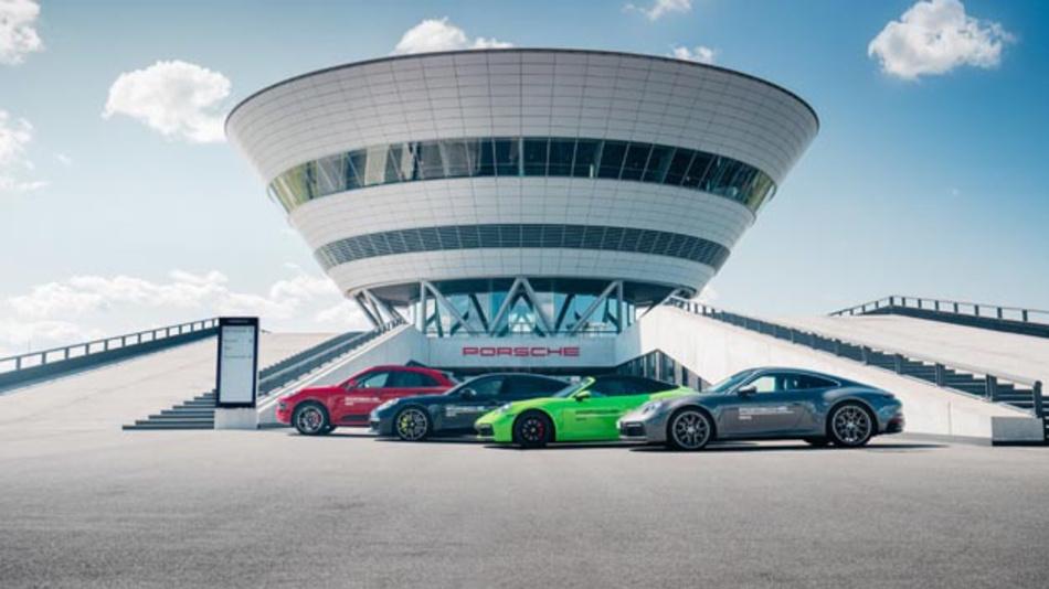 Zukünftig gibt es die Premium-Auto-Vermietung »Porsche Drive« neben Hamburg, Stuttgart, Berlin und Sylt nun auch in der Messestadt Leipzig.