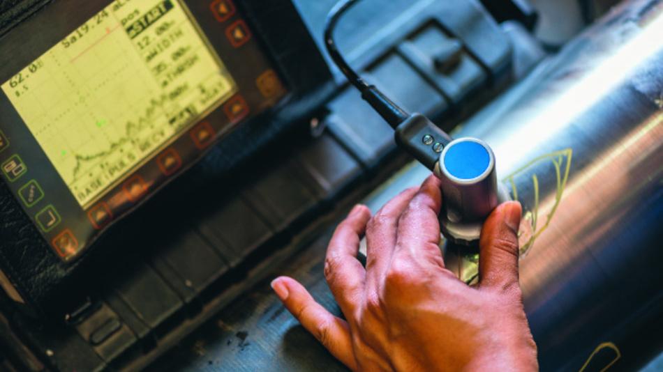 Ultraschallsensoren werden häufig zur Materialprüfung von Rohren oder zur Füllstandsmessung genutzt.