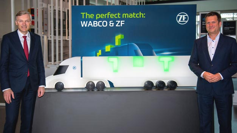 Wolf-Henning Scheider, Vorsitzender des Vorstands von ZF Friedrichshafen (links), und Fredrik Staedtler, der die neue Division Commercial Vehicle Control Systems leiten wird.
