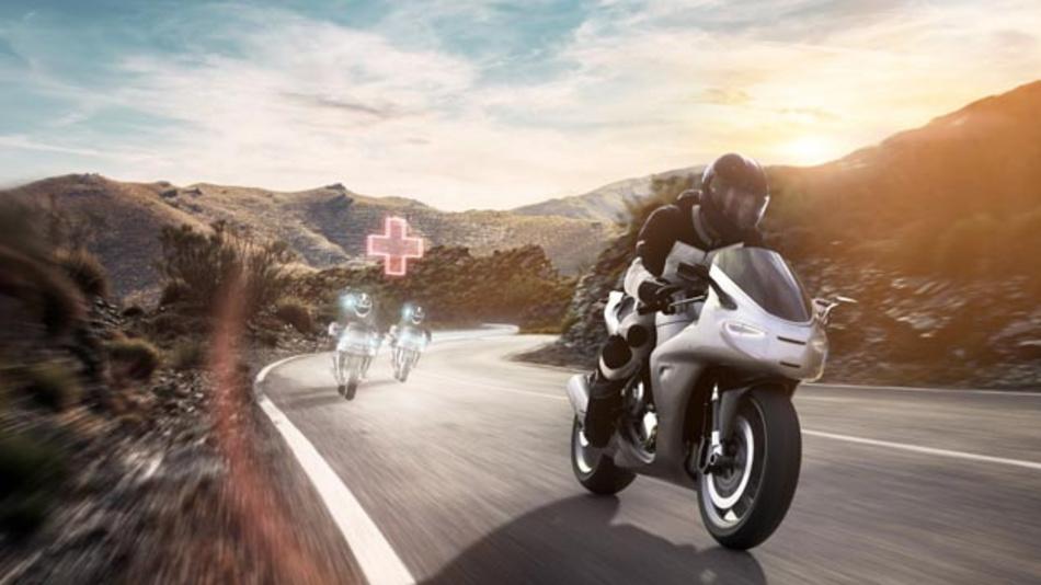 Mit der vernetzten Motorrad-Notruflösung Help Connect beschleunigt Bosch die Rettungskette und trägt somit dazu bei, die Sicherheit von Motorradfahrern zu verbessern.