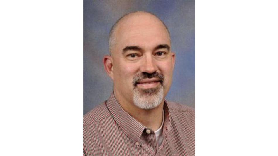 Dan Harmon ist als Automotive Marketing Manager für die Strom- und Positionserfassungs-Produktlinie bei TI zuständig. Während seiner mehr als 33-jährigen Laufbahn war er im Support für ein breites Spektrum von Techniken und Produkten tätig, darunter Schnittstellen-ICs, analoge Eingangsstufen für Bildsensoren und CCD-Sensoren. Harman war als Vertreter von TI ins USB Implementers Forum entsandt und engagierte sich als Vorsitzender der USB 3.0 Promoter's Group. Er hat Elektrotechnik an der University of Dayton (Bachelor) und an der University of Texas in Arlington (Master) studiert.
