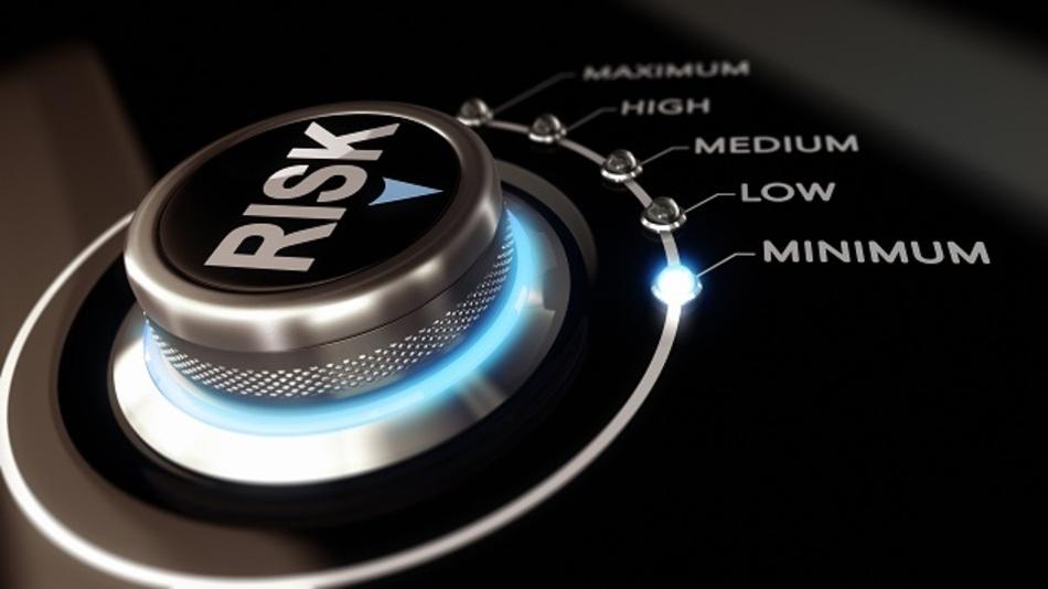 Funktional sichere Systeme sollen das Risiko, dass Anlagen beschädigt werden, auf ein tolerierbares Maß reduzieren.