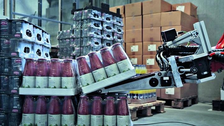 Wie lässt sich die Produktivität bei Logistikprozessen erhöhen und die Effektivität von  Automated Guided Vehicles verbessern? Ein vielversprechender Ansatz ist ein System zur  automatisierten Palettenerkennung auf Basis von Time-of-Flight-Kameras.