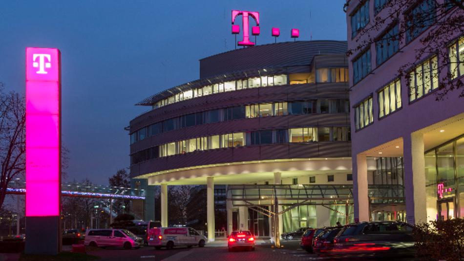 Die Deutsche Telekom befürchtet schwere Nachteile für Deutschland, falls Huawei vom 5G-Aufbaus ausgeschlossen werde.