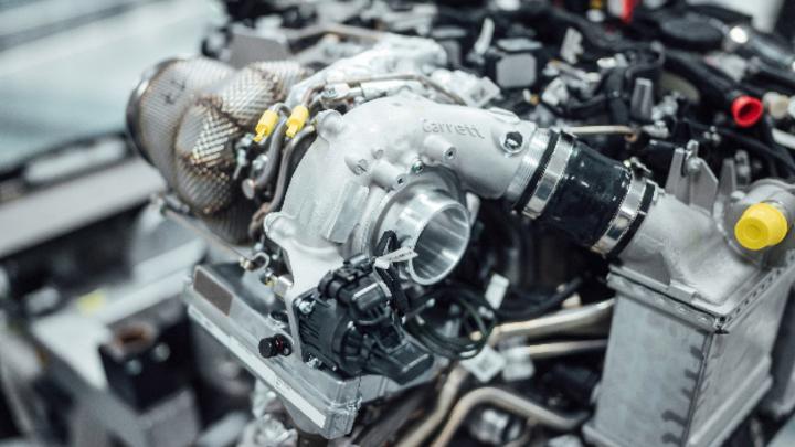 Mit dem elektrischen Abgasturbolader steigert Mercedes-AMG Effizienz und Performance. Das Ziel: Die Elektrifizierung des Antriebs.