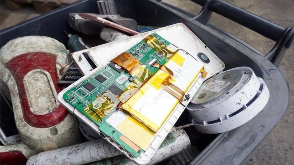 MDR Fernsehen: »Exakt – Die Story: Unberechenbar? Wenn Akkus und Batterien zur Gefahr werden« – am Mittwoch (24.06.20) um 20:45 Uhr.