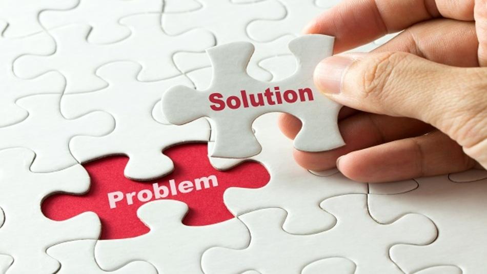 Kundenspezifische HMIs: Was besser passt, ob von der Stange oder maßgeschneidert, muss von Fall zu Fall entschieden werden.