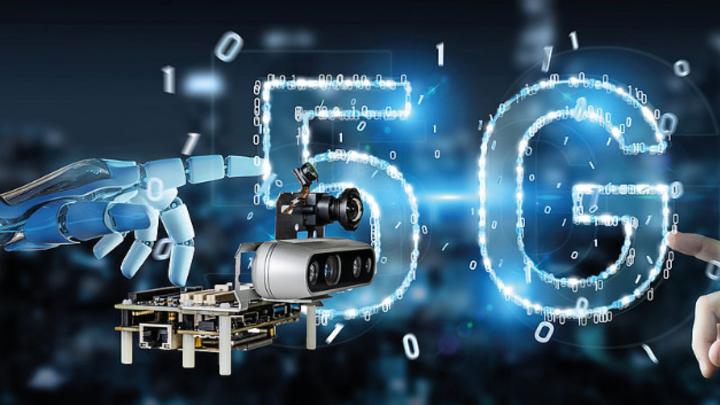 Qualcomm hat die nach Firmenangaben weltweit erste 5G- und KI-fähige Robotik-Plattform vorgestellt.