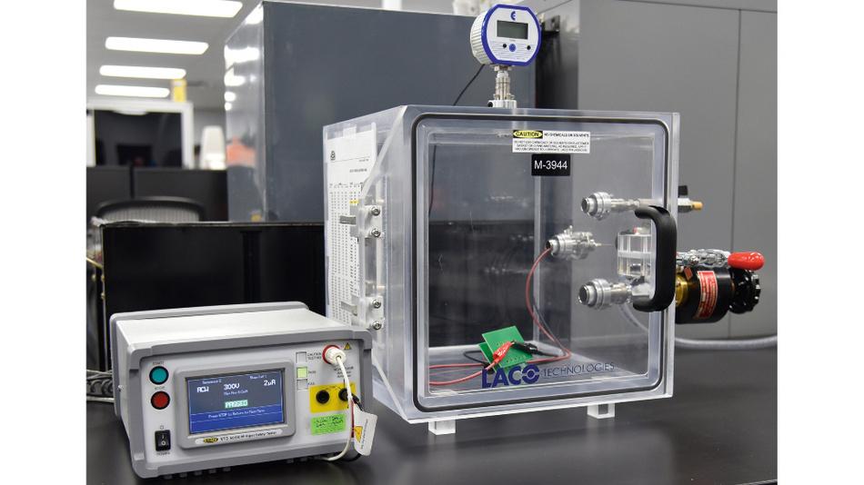 Bild 3. Die Spannungsprüfung (Dielectric Withstanding Voltage Test, DWV) ist eine in der Elektronik übliche Prüfung, die in der DWV-Höhenkammer stattfindet.