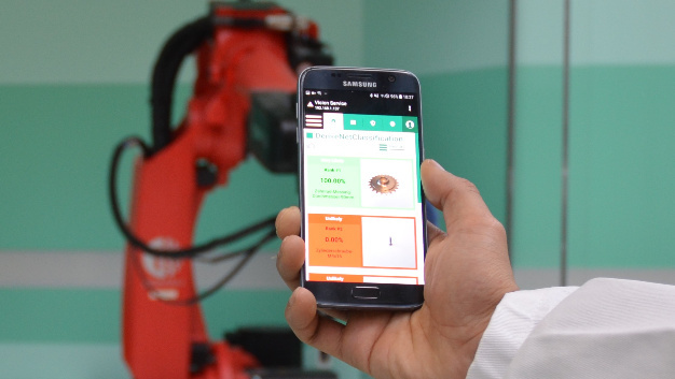 Am Fraunhofer IPK werden KI-basierte Mehrwertdiesnte für die Produktion entwickelt: Über eine Smartphone-App können markerlose Bauteile in kurzer Zeit identifiziert werden.