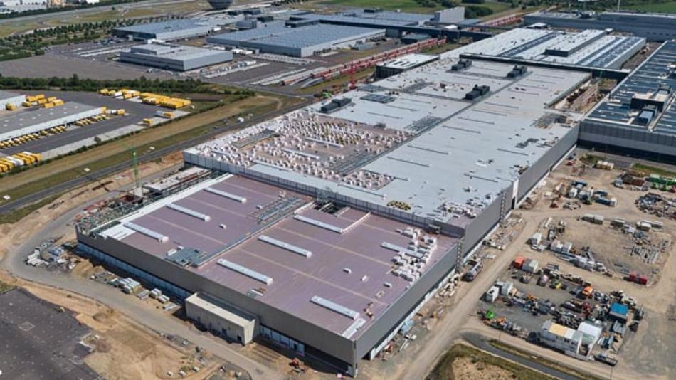 Im Porsche Werk Leipzig wird zukünftig der vollelektrische Macan produziert.