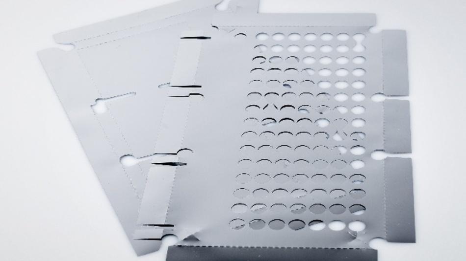 EMI-Schutzfolien bewahren elektronische Geräte vor Beschädigungen oder Funktionseinschränkungen durch elektromagnetische Wellen.